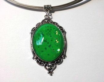 "Pendant ""Neon Green"""
