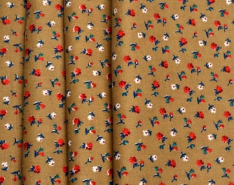 Napkins Red and White Flowers on Tan Cotton Set of 4