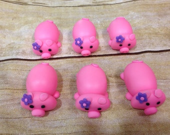 12 Edible Fondant Pig Cupcake Toppers