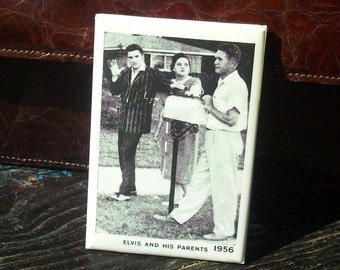 Vintage Hand Mirror / Elvis and his Parents / Early Elvis Souvenir / Rockabilly / Cool Elvis