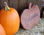 Rustic Wood 'Welcome' Pumpkin (small)