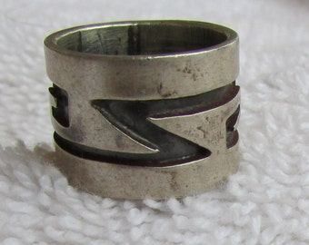 Wide Sterling Silver Band Ring with Southwest Design Size 5