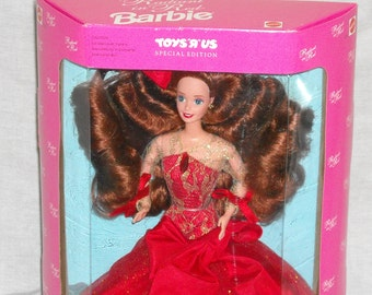 SALE! 19.00! Barbie Toys R Us Special Edition 1992 Radiant In Red/NRFB/MIB/Dressed in Vibrant Red with Long Curly Red Hair #4113