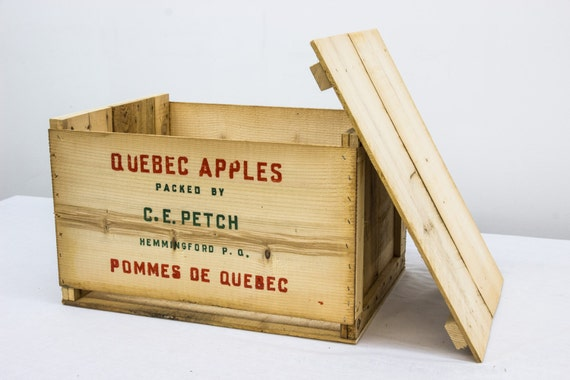 Vintage Apple Crate from Etsy Canelly - one pc shipped to USA under $40