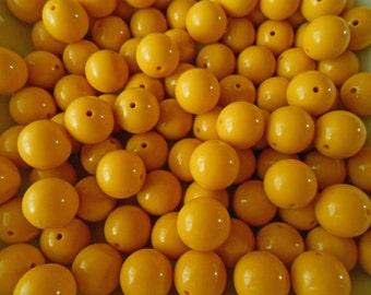 Mustard Yellow beads - round beads - resin beads - 20mm beads
