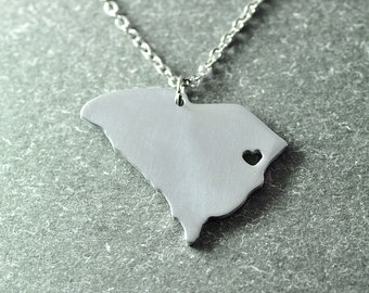 Free shipping - I heart  South carolina  Necklace -  State Necklace - State Charm - Map necklace -South carolina  Pendant