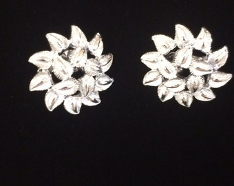 Vintage Coro Silver Earrings, Leaf Earrings, Clip Ons, Silver Earrings, Clip On Earrings, Coro, Coro Jewelry