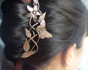 Hairpin the trellis gilt