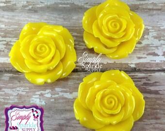 Yellow Flower Pendant Chunky necklace Flower Focal Bead/Pendant bubblegum pendant