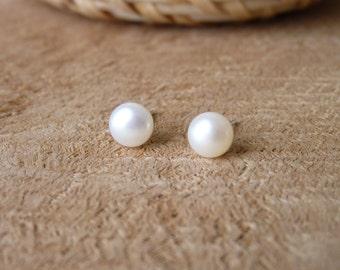 Pearl Stud Earring - Handmade Small Silver Studs