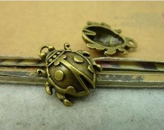 4pcs 18x22mm Antique Bronze Lovely 3D Insects Beetle Charm Pendant C4132