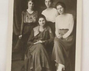 4 beauties postcard