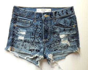 High waisted shorts. Denim cut-offs  By artfink.