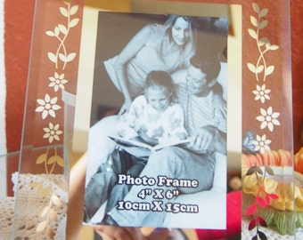 Glass Photo Frame With title friend