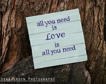 Wood sign - Love theme