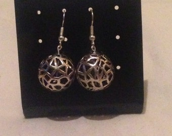 Round silver ball earrings