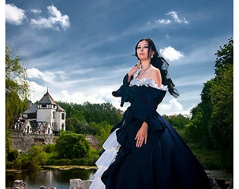 Blue Ball Gown Dress of the 18th century. Corseted dress Medieval dress