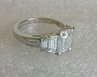 vintage Sterling Silver 925 cz stone ring size  7