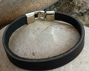 FREE SHIPPING- Mens Simple Bracelet, Mens Leather Bracelet, Black Leather Bracelet, Leather Bracelet,Bracelets for Men,Stainless Steel Clasp