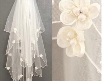 Bridal Wedding Veil Beautiful wedding veil  beaded flower white veil Ivory veil in handmade