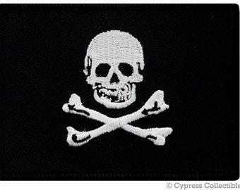 JOLLY ROGER PIRATE flag patch iron-on embroidered Skull Crossbones Danger Emblem