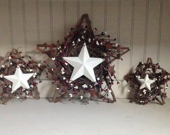 Grapevine Star and Berry set