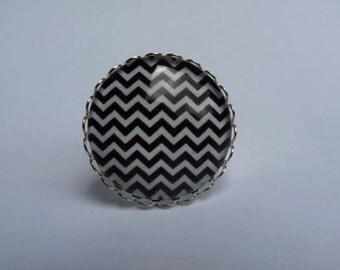 Adjustable ring cabochon 25mm kawaii black and white