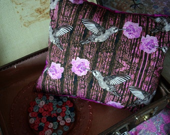 Hummingbird floral and woodland print scatter cushion.