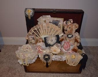 Vintage Chic Victorian Chest/ Trunk