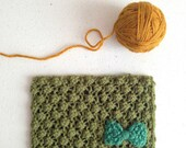 CYBER MONDAY SALE Knitted Postcard No. 27 - Green raspberry stitch with bow