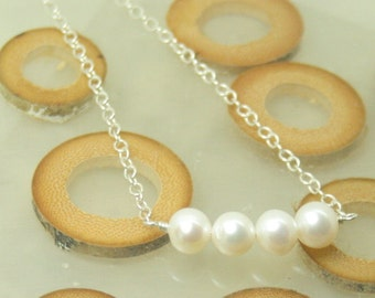 Freshwater pearl with silver chain necklace