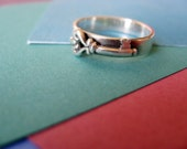 Sterling Silver Antique Key Band Ring