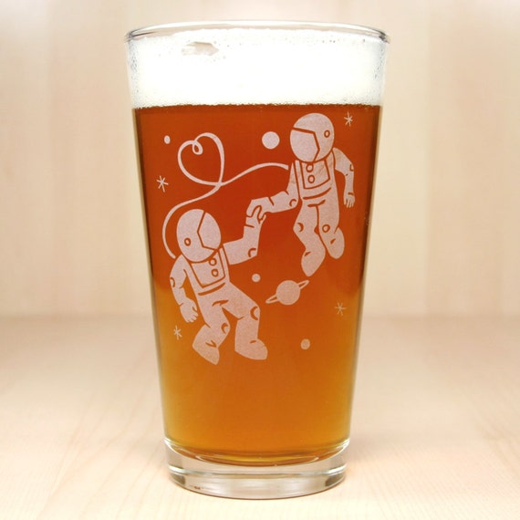 Astronaut Love Pint Glass - etched beer glass for sci-fi space lovers