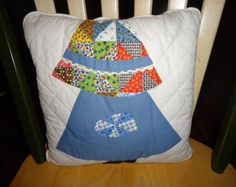 Sale SUNBONNET SUE Decorative PILLOW
