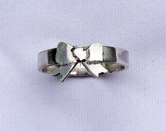 Bow Tie Ring Sterling Silver Ring