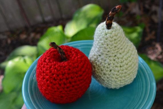 Wie Amigurumi Zusammennahen : ahnliche Artikel wie Amigurumi Hakeln Red Apple und grune ...