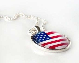 """FLAG NECKLACE - USA - glass dome necklace, world cup, flag image, patriotic necklace, 4th of July, Old Glory, Stars and Stripes - 18"""" chain"""