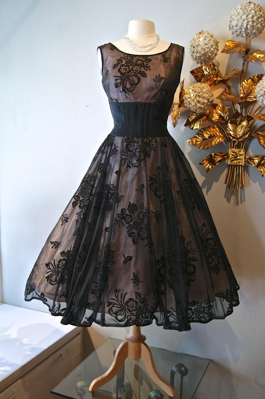 50s Dress // Vintage 1950s Fabulous Floral Flocked Party Dress