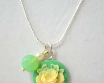 Vanilla Rose Necklace