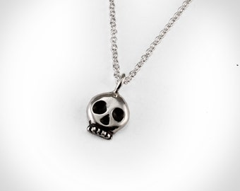 Mini Skull Pendant in Sterling Silver