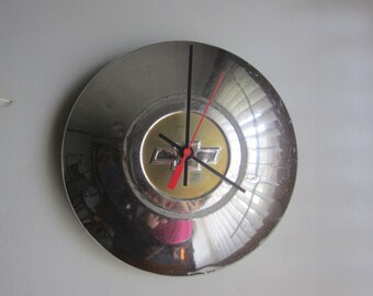 1950 Chevy Hubcap Clock no. 2489