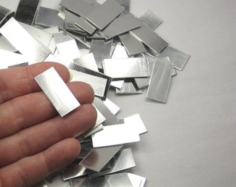 "25 Aluminum Rectangle Stamping Blanks 1"" x 0.50"" (27.4mm x 12.8mm) No Hole, Mirror Shiny Aluminum, 21 Gauge Blanks for Stamping Stamps Shiny"