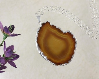 Brown Agate, Agate Pendant, Agate Necklace, Silver Plated Agate Slice Jewelry, APS126