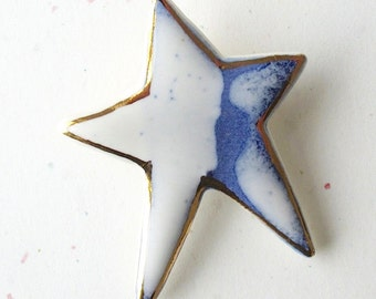 Porcelain Star Brooch. Cobalt Blue & Glossy White Glaze with 22K Gold Decoration. July 4th. Indigo. Denim. Cobalt. Sky Blue. Starry Night