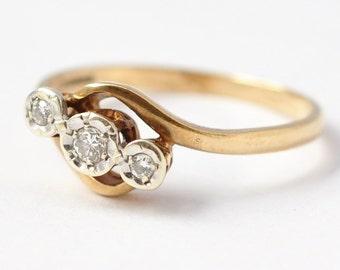 Diamond Jewelry: 9K Gold, Size 6.75