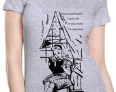 book shirt - vintage design NOTHING Like a RAINY DAY - heather grey women's crew neck book t-shirt