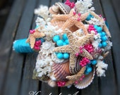 Beach Wedding, Shell Bouquet for Bridesmaids (Velassaru Paradise Turquoise Style). In Stock - Ready to Ship