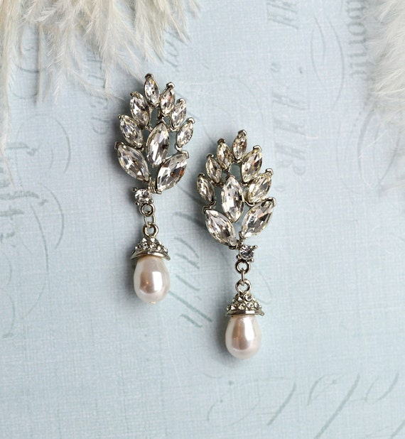 Vintage Style Bridal Earrings Deco Pearl Earrings Crystal