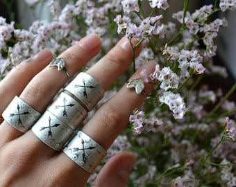 Crossed Arrows Friendship Silver Ring- your size