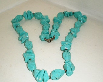 Vintage Necklace Choker Collar Howlette Turquoise Speckled Stones Chunky  Bohemian Runway Statement